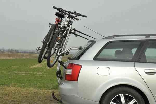 Jaki bagażnik rowerowy na klapę wybrać?